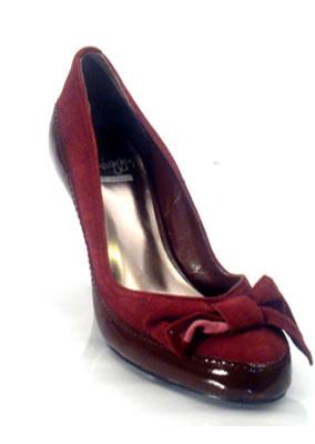 Wine-suede-court-shoe
